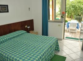 Hotel Edera, Procchio