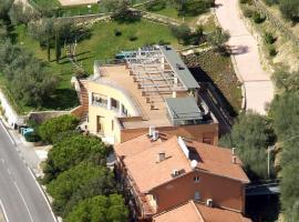 Hotel Il Castellaccio, Piccione