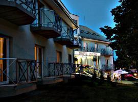 Hotel Pontis, Biatorbágy
