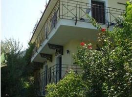 Mary's House, Kámpos