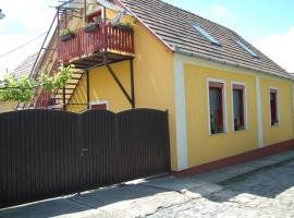 Zách Klára utcai Apartman, Višegrad