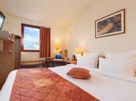 戴高樂機場舒適酒店, 勒梅尼爾阿姆洛
