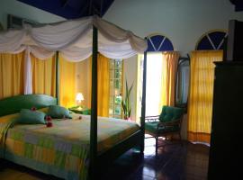 Evergreen Hotel, Roseau