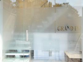 Hotel Grand Inn, Bombay