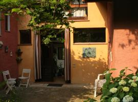 Bed and Breakfast Casa Rossa, Telf in Burglechner
