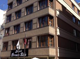 Hotel Dream Life, Άγκυρα