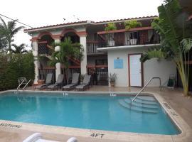Scandia Lodge & Suites, Lake Worth
