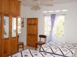 J & G's Tropical Apartments