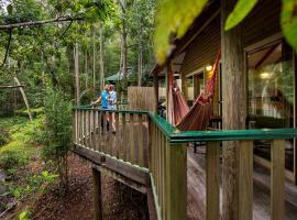 Narrows Escape Rainforest Retreat, Montville