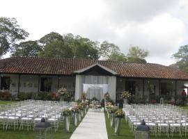 Hotel Hacienda El Roble, Pescadero