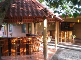 Mar Y Sol Ecotel, Tambor