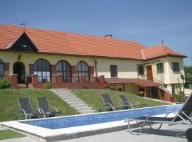 Villa Teleki, Teleki