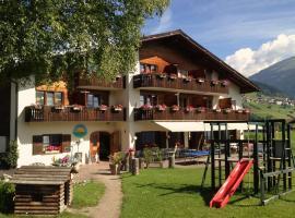 Familien und Wanderhotel Clarezia, Waltensburg
