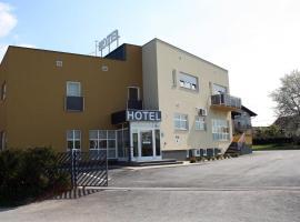 Hotel Tina, Samobor