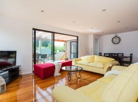 Barefoot Beach Holiday House, Dromana