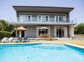 Luxury Beach House, Carcavelos
