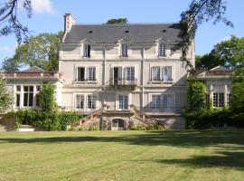 Appartement du Château du Grand Bouchet, Ballan-Miré