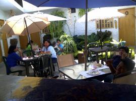 Hosteria Posada Pelicano, Salinas