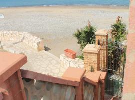 Villa Oceancla, Campofelice di Roccella