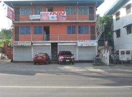 Quoyas Inn, Davao Stadt