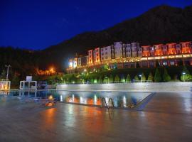 The Apple Palace, Amasya