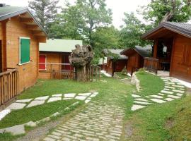 卡斯塔尼露營地, Montecreto
