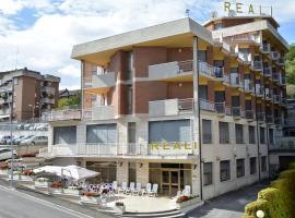 Hotel Reali, Кианчиано-Терме