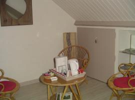 Chambre Crescia, Vernouillet