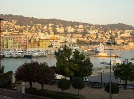 Appartement Port de Nice 3 pièces vue mer