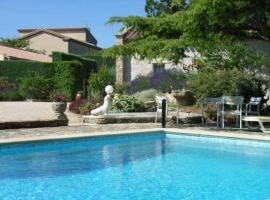 Villa in Saint Saturnin Les Avignon, Saint-Saturnin-lès-Avignon