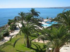 Vrachia Beach Resort, Paphos