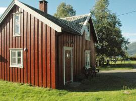 Two-Bedroom Holiday home in Tresfjord, Sørsylte