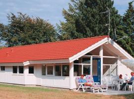 Three-Bedroom Holiday home in Køge, Strøby Ladeplads