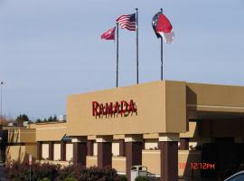Ramada Plaza Hotel Charlotte Airport & Conference Center, Charlotte