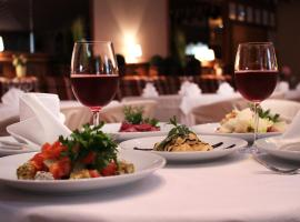 Sadky Hotel and Restaurant, Dubovets