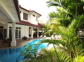 Rumah Putih Bed & Breakfast near KLIA & KLIA 2, Sepang