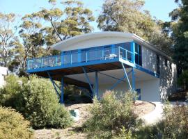 25 Bradley Drive, Coles Bay