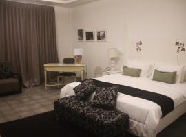 格拉哈阿育酒店, 馬塔蘭