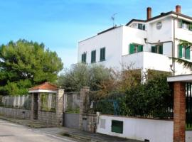 B&B Privileged, Pollena Trocchia