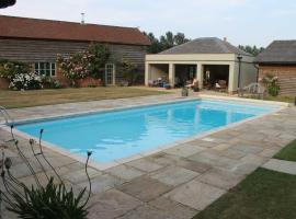 Pool Barn, Polstead