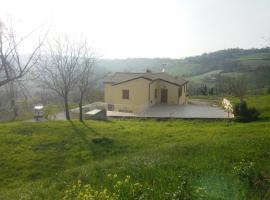 Casale Montesicuro, Montesicuro