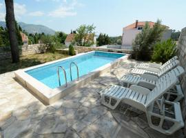 Villa Avantgarde, Mlini