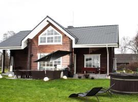 Scandi village home, Kluoniškiai