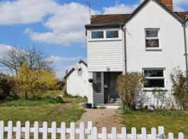 Bluebell Cottage, Ockley