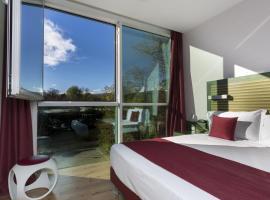 Hotel Crystal Palace, Banchette
