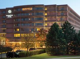DoubleTree Suites by Hilton Hotel & Conference Center Chicago-Downers Grove, 도우너스그루브