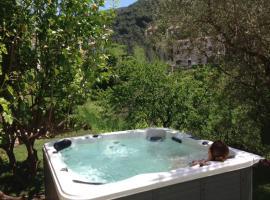 LIvesi Lodge, Olivese