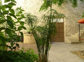 Gîtes la Tarente, Montfrin