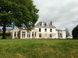 Mansion House Llansteffan, Llangain
