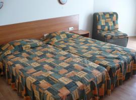 Chezarino Hotel Rooms, Varna City